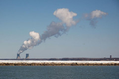https://en.wikipedia.org/wiki/Perry_Nuclear_Generating_Station#/media/File:Perrynuclearpowerplant.jpg